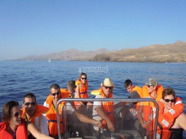 grupo en el barco