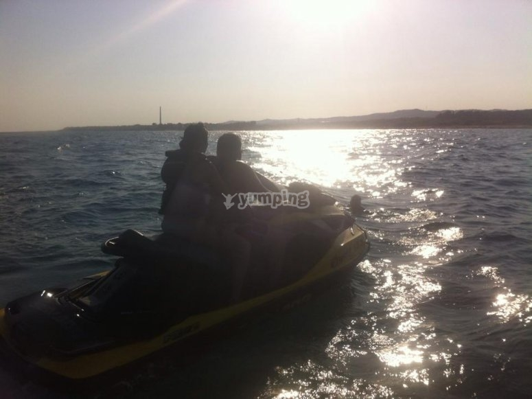 Paseo en moto de agua biplaza