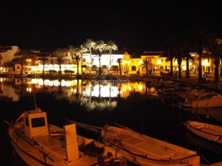 Barcos de noche