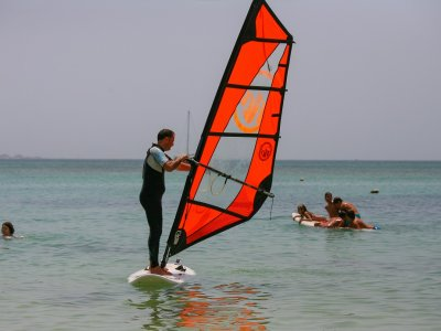3h Windsurfing lesson in Corralejo