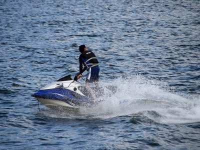 Jet ski rental in Sanxexo - License needed (30 min)