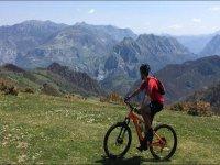 Conoscere l'interno delle Asturie in mountain bike