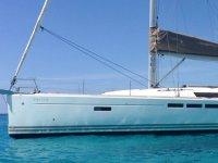 伊维萨岛的Sun Odyssey 509出租1天。降