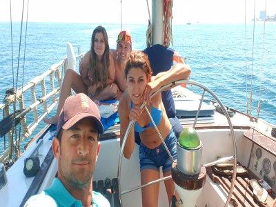浪漫乘船在马拉加4h吃晚餐