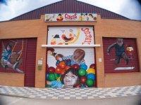 Facciata di strutture per circo