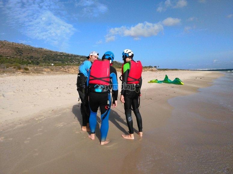 Teoria de kite en playa de Cádiz