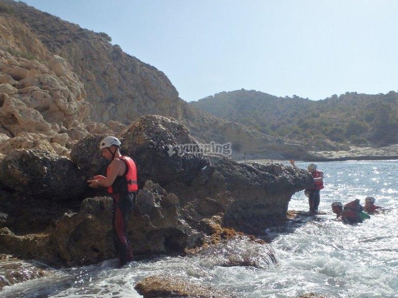 Descubre el coasteering