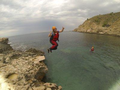 Coasteering en Alicante con snorkel, 5 horas
