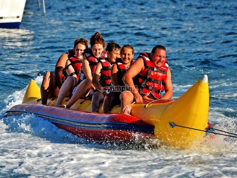 Todos en el banana boat