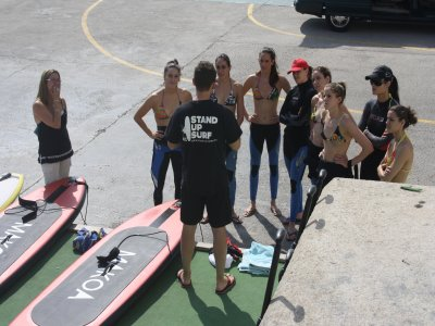 Stand Up Paddle Surfing In Cornellá, 90min