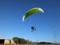 动力伞开始飞行