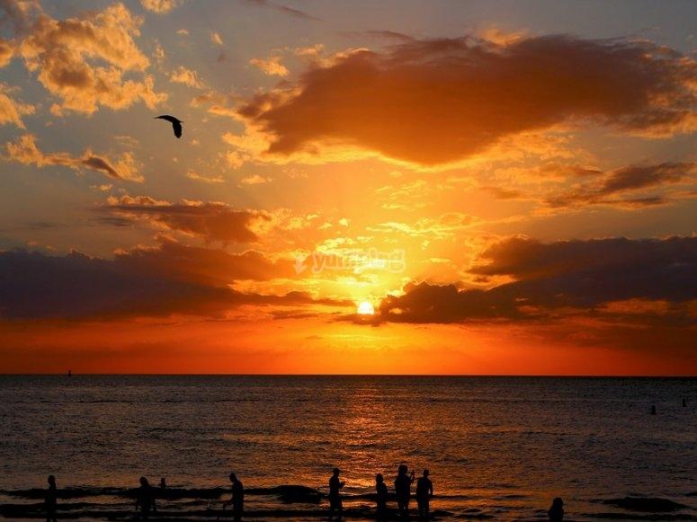 Il tramonto in mare
