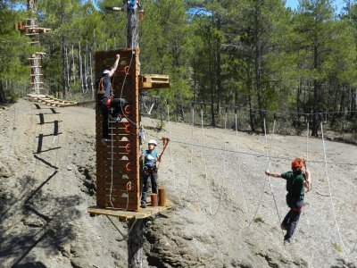 Rope circuit and zip line Albarracín kids 2h 30min