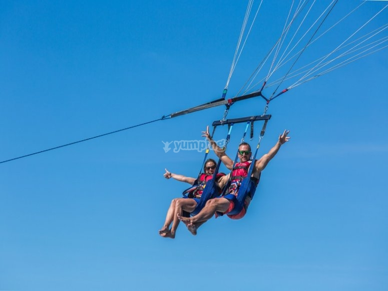 Raising in parasailing