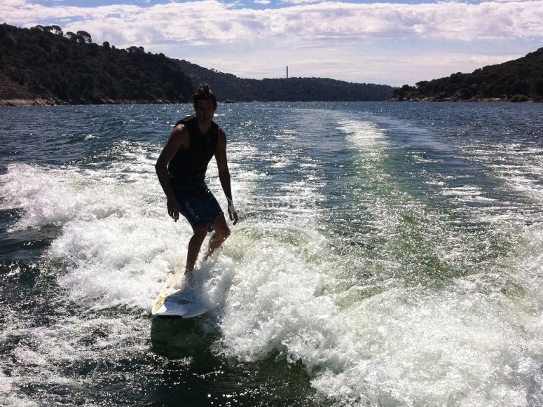 Balancing on the board on the reservoir