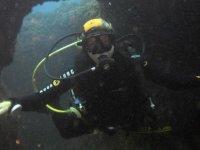 在瓦伦西亚潜水