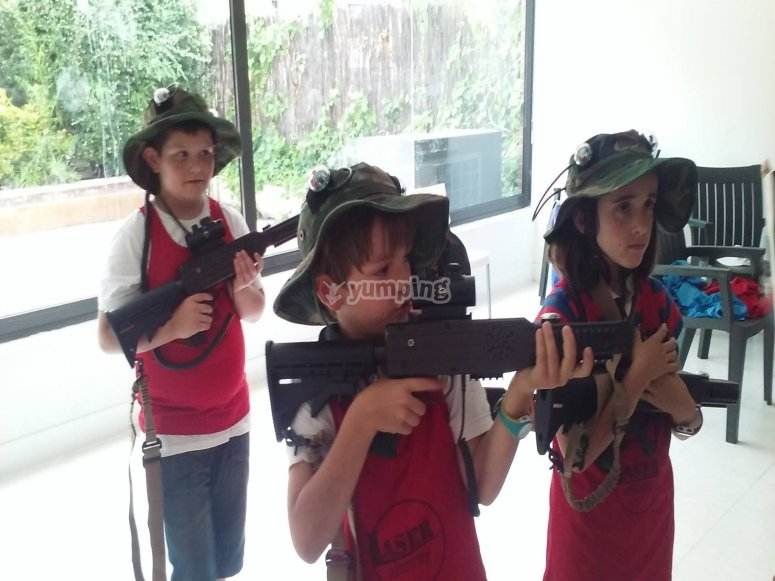 Little ones equipped for the laser tag