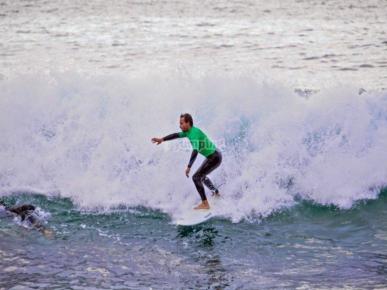 冲浪课程Surf在苏安塞斯苏安塞斯