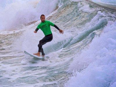 Curso de surf en Suances 2 clases