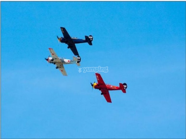avionetas por el aire