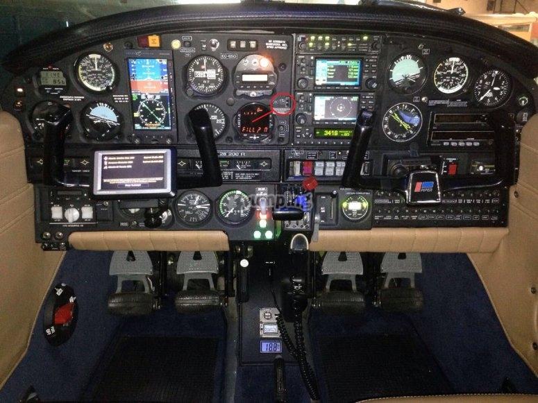飞机的仪表板