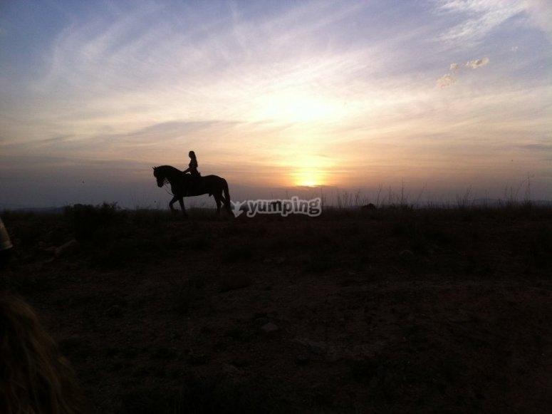 Atardecer en Llíria a caballo