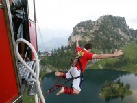 Stag parties with bungee jumping