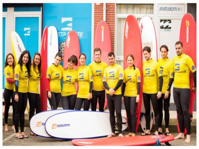 Surf initiation in the Cantabrian Sea 2 hours