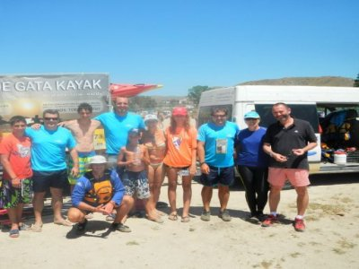 Kayak por el Cabo de Gata nivel intermedio