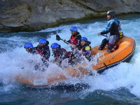 Descending the Gallego river rafting