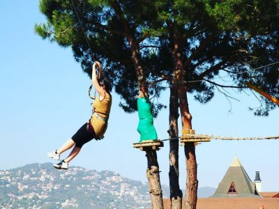 1h in a treetop adventure park in Lloret del Mar