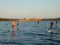 在Fornells价格3小时的桨冲浪课程