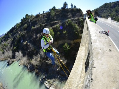 Salto puenting en Murillo de Gállego