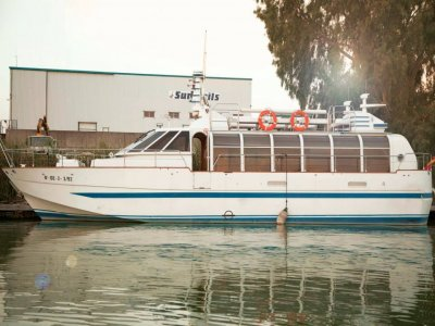 Boat trip on the Guadalquivir with catering 2 hrs