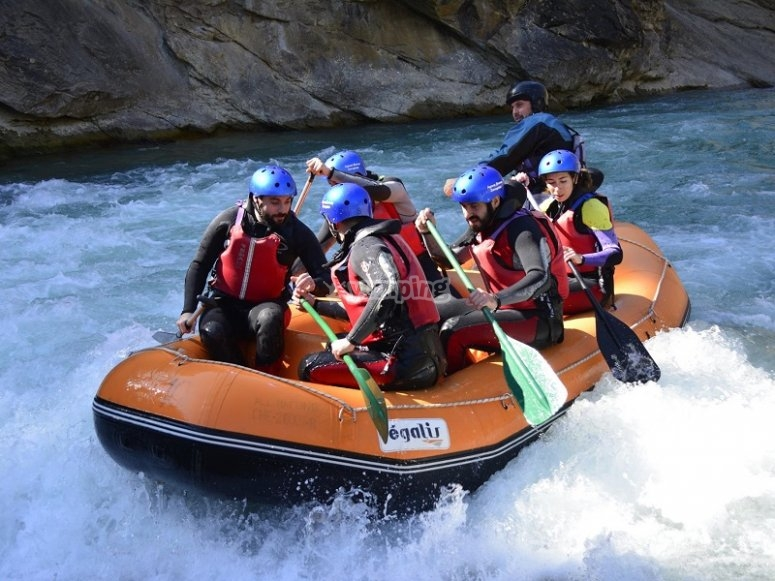 Rafting raft in the Gallego river