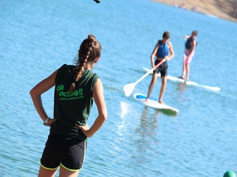 Paddle surf en el embalse