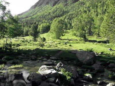 Escapada de senderismo en La Vall d'Orient Andorra