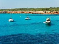 Disfruta de Ibiza en el mar