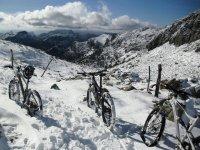 Mountain bike routes in winter