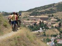 Percorso in mountain bike attraverso la Sierra Nevada