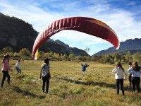 Paragliding initiation flight