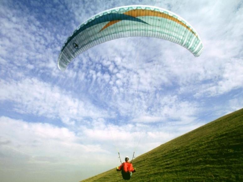 Volando sobre la colina