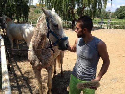 Vallès和butifarrada骑马游览