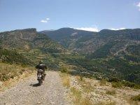从巴塞罗那到安道尔的越野摩托车越野赛