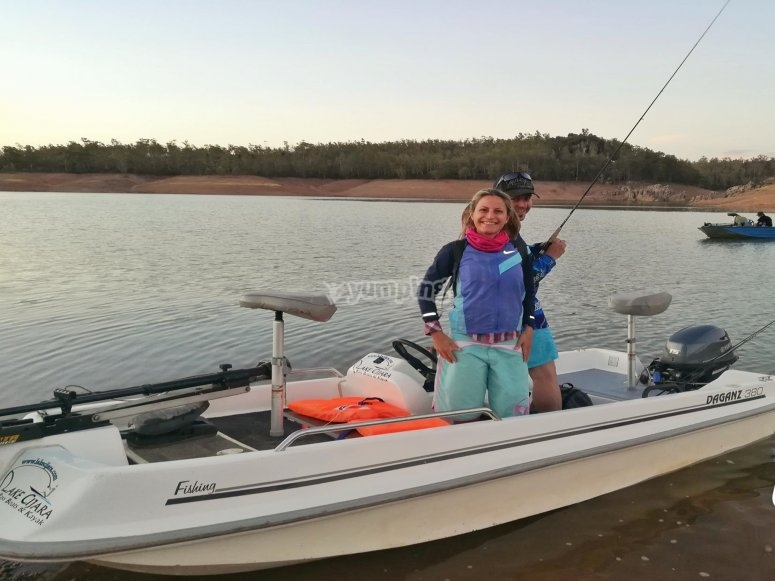 Pescar en pareja pantano de Cíjara