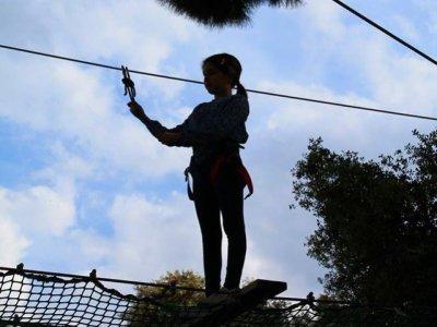 Tirolinas en Bollullos, colegios, temporada alta