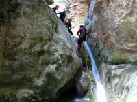 Rappelling technique in canyon