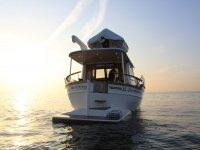 私人游艇巴塞罗那的浪漫体验