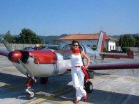 Pilota y avioneta