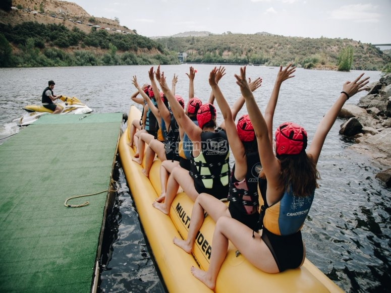 Sesión de banana boat San Rafael